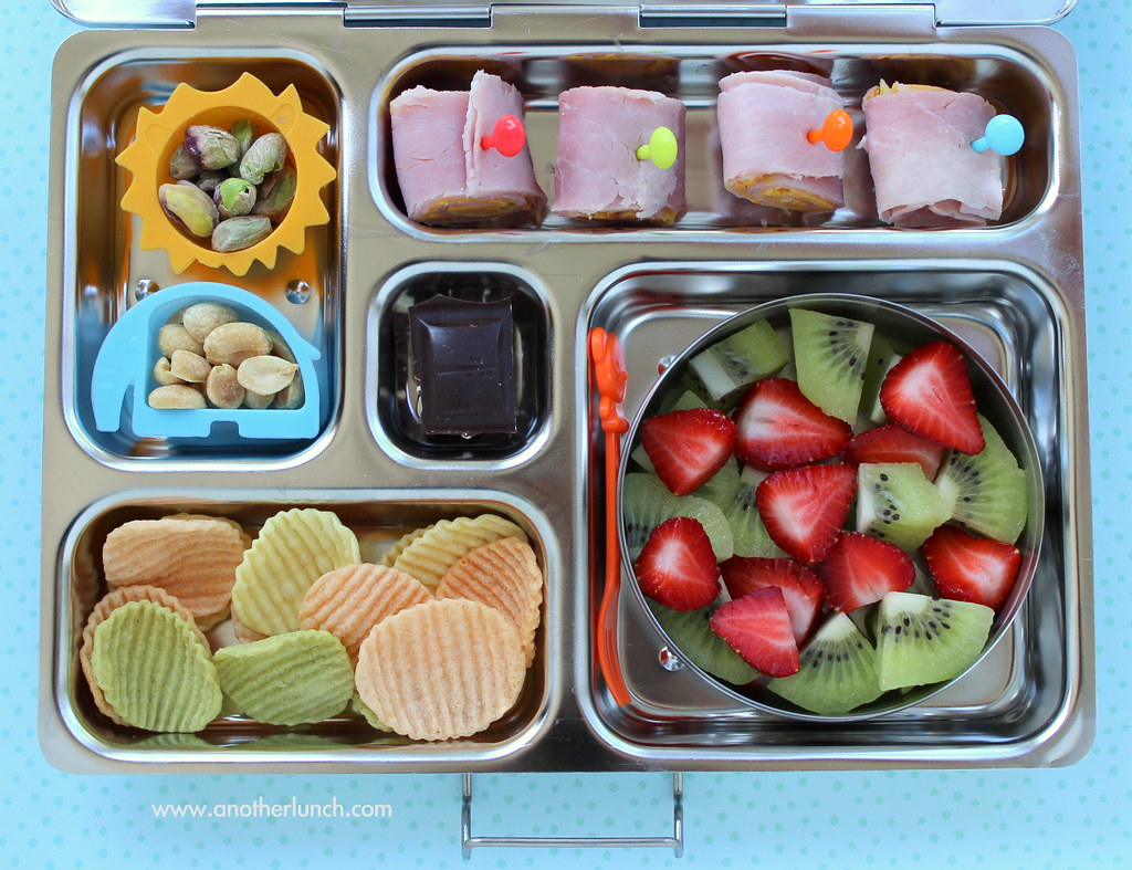 kindergarten school lunch ham cheese rolls nuts vegg flickr. Black Bedroom Furniture Sets. Home Design Ideas