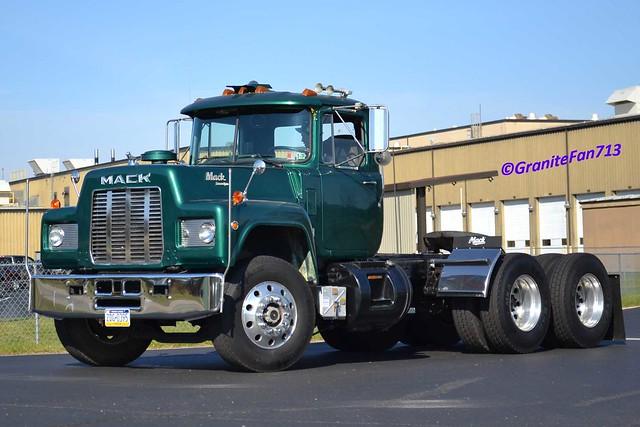 R Model Mack Show Truck : Mack r model tractor explore trucks buses trains