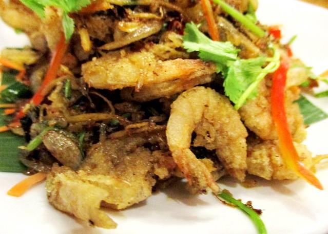 Sakhon salt and pepper shrimps