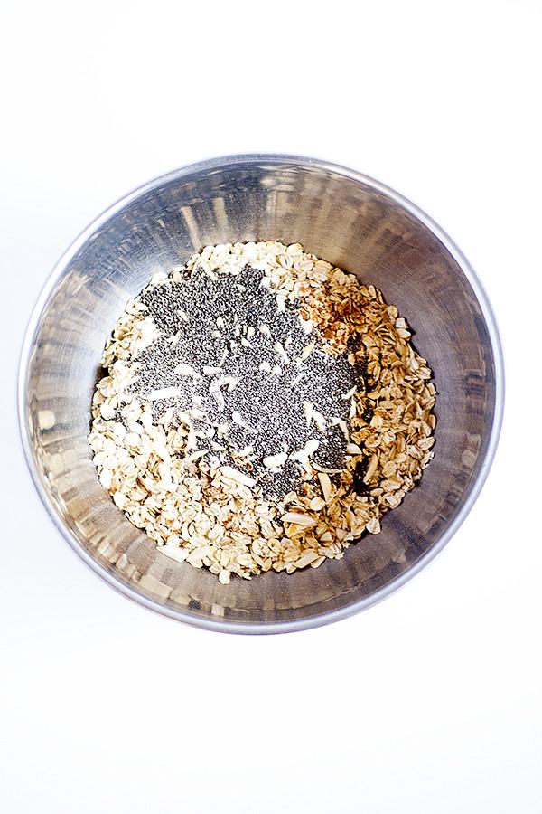 raspberry chia seed granola