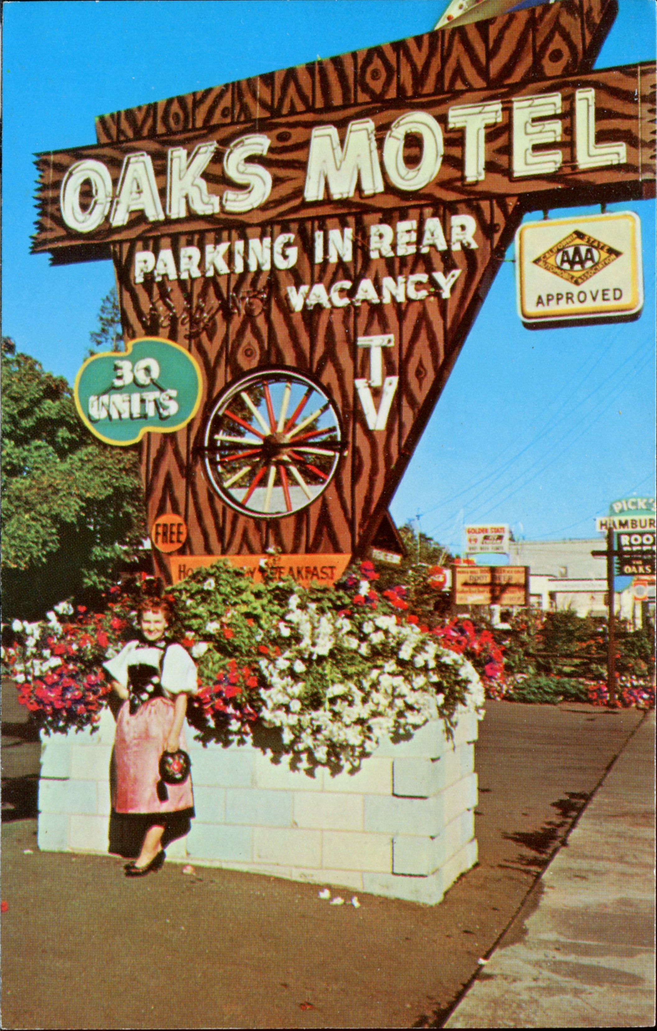 Oaks Motel - 123 South Cloverdale Boulevard, Cloverdale, California U.S.A. - date unknown