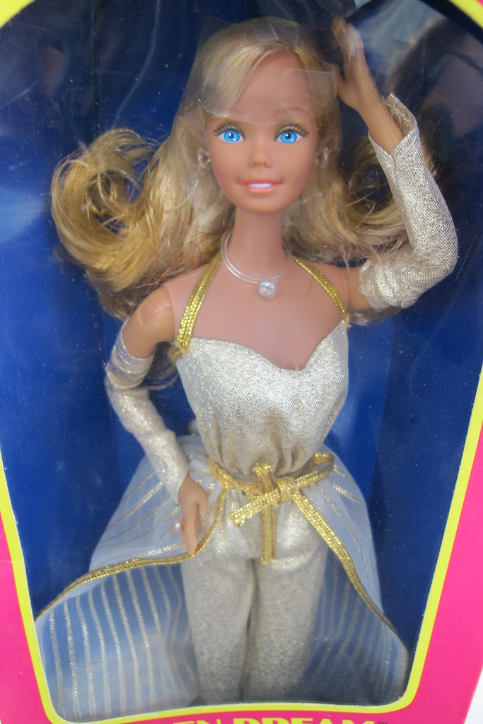 Barbie Superstar Golden Dream, special version with very l ...