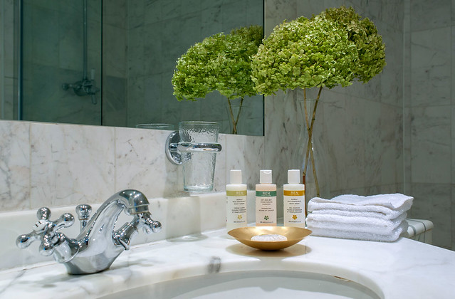 Remodel the bathroom to the oasis of well-being