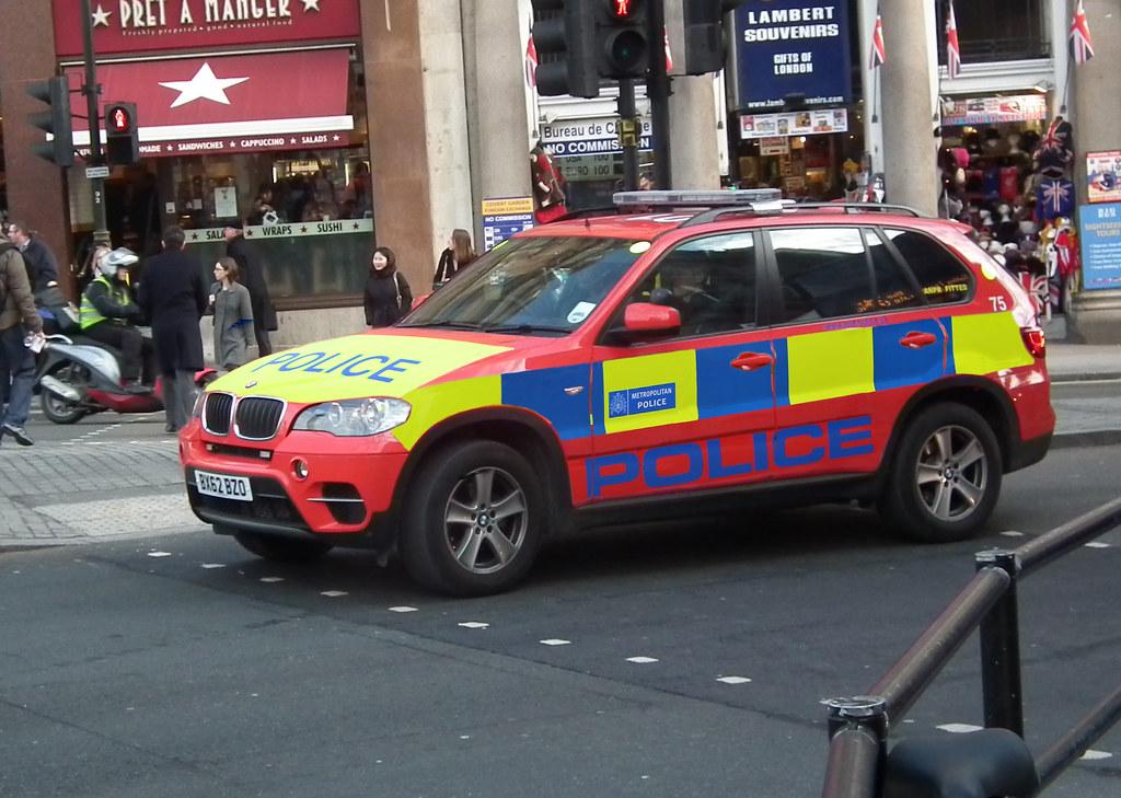 Met Police Dpg 75 Metropolitan Police Diplomatic