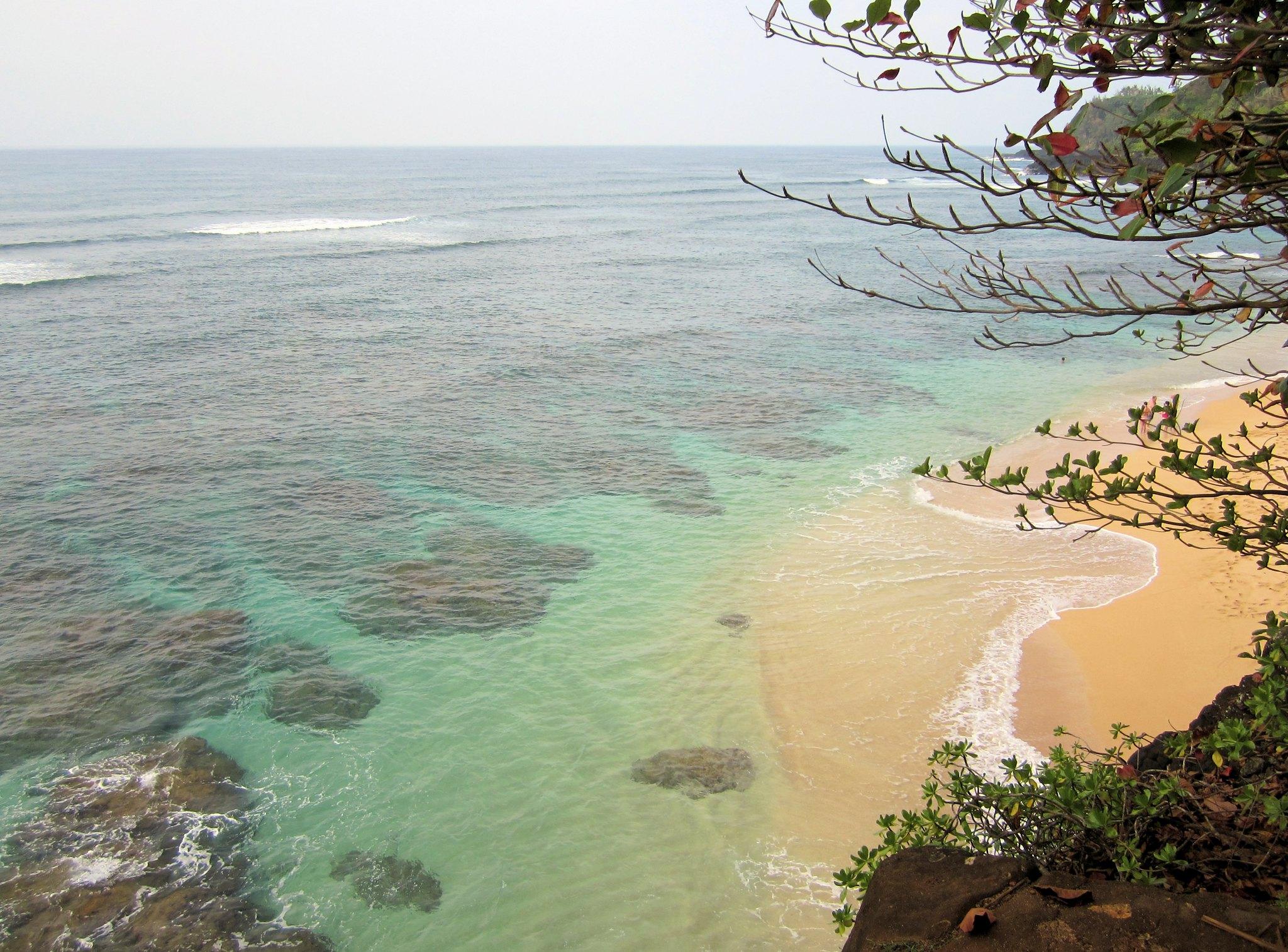 Versteckter Strand auf Kauai