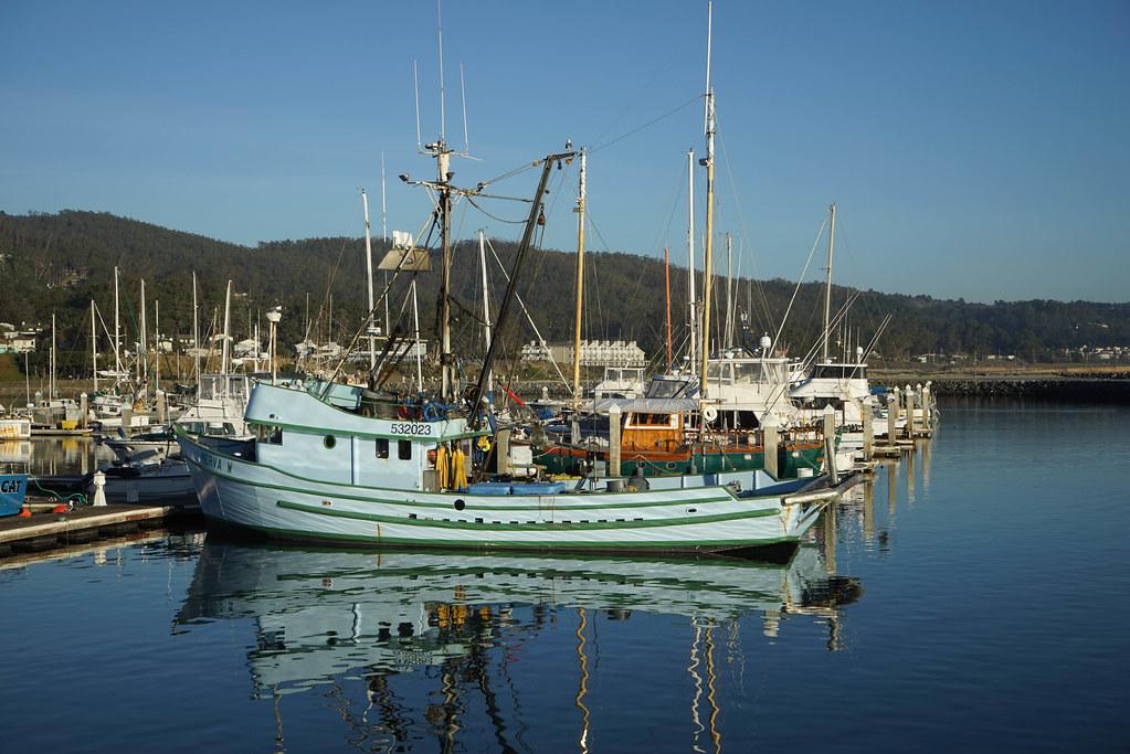 Half moon bay fishing boat susan hastings flickr for Half moon bay fishing report