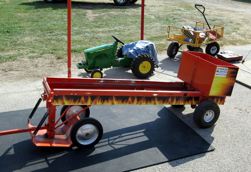 Tractor Pull Sled Flag : Kindschi pedal pulls sled and john deere tracto