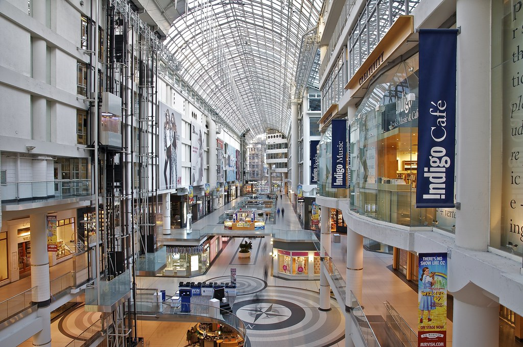 how to get to eaton centre by subway