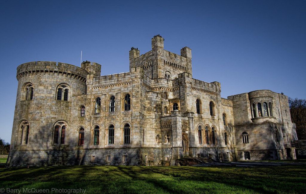 Recent Uploads tagged gosfordcastle, with geodata