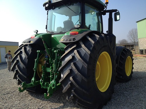 deere company with 13927282629 on 2013aug21 204k 304k release besides Three Record Auction Prices Jd 4650 Tractors 2013 moreover Review John Deere 9570rx Tractor furthermore 13927282629 further John Deere.