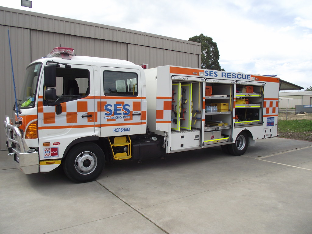2012 Hino Ses Truck This Is A 2012 Hino Ses Truck That
