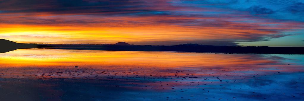 Where the Sky meets the land II | Sunrise taken at Salar de ... Light