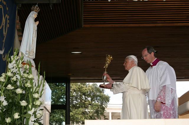 Benedicto XVI en Fátima