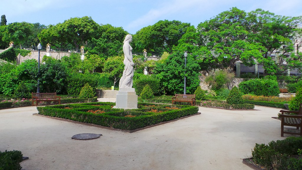 Depuis les jardins de miramar barcelone 06 aout 2013 for Jardin de miramar