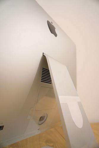從任何角度拍都很美的iMac!