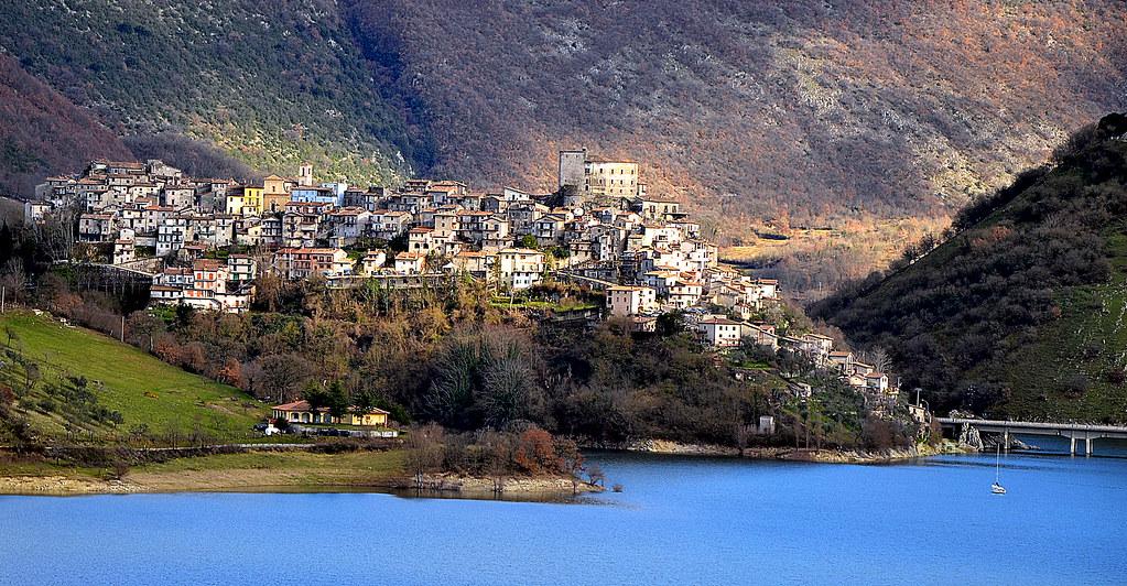 Borghi più belli d' Italia - Castel di Tora