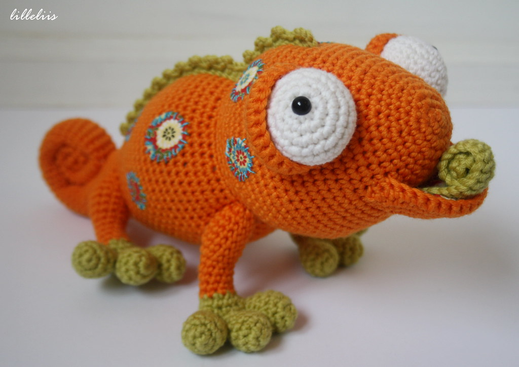 Amigurumi Gecko Pattern : Amigurumi chameleon with fabric patches Designs by Mari ...