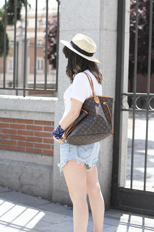 look shorts levis vintage avelinas vintage with adidas samba leztin street rad shop myblueberrynightsblog