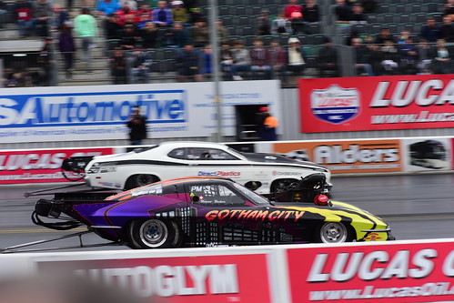 Bruno Bader, 63 Chevy Corvette - Chris Isaacs, Plymouth Duster, FIA Pro Modified, Santa Pod 2016