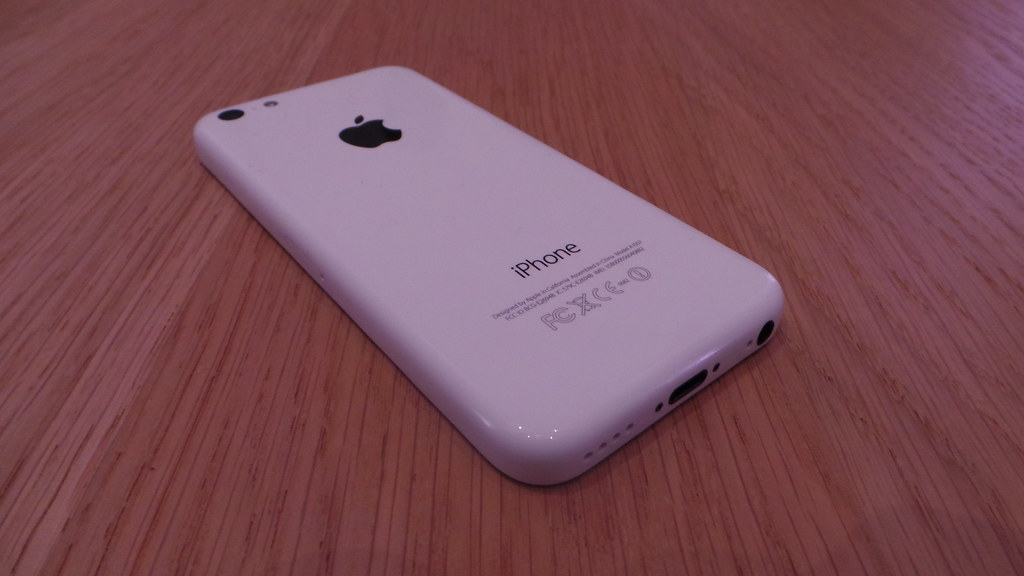 iPhone 5C (white) | Apple iPhone 5S and 5C European launch ...