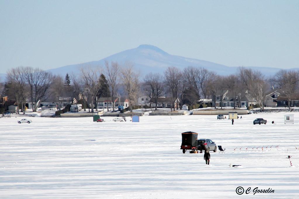 Ice fishing lake champlain philipsburg peche sur gla for Lake champlain fishing report