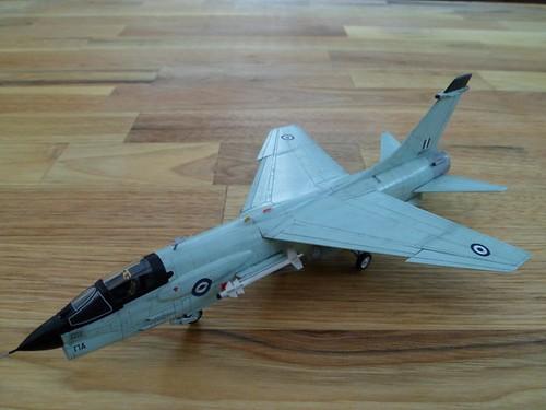 Pas-à-pas : Vought F-8E Crusader [Academy 1/72] 9558933044_800839387f