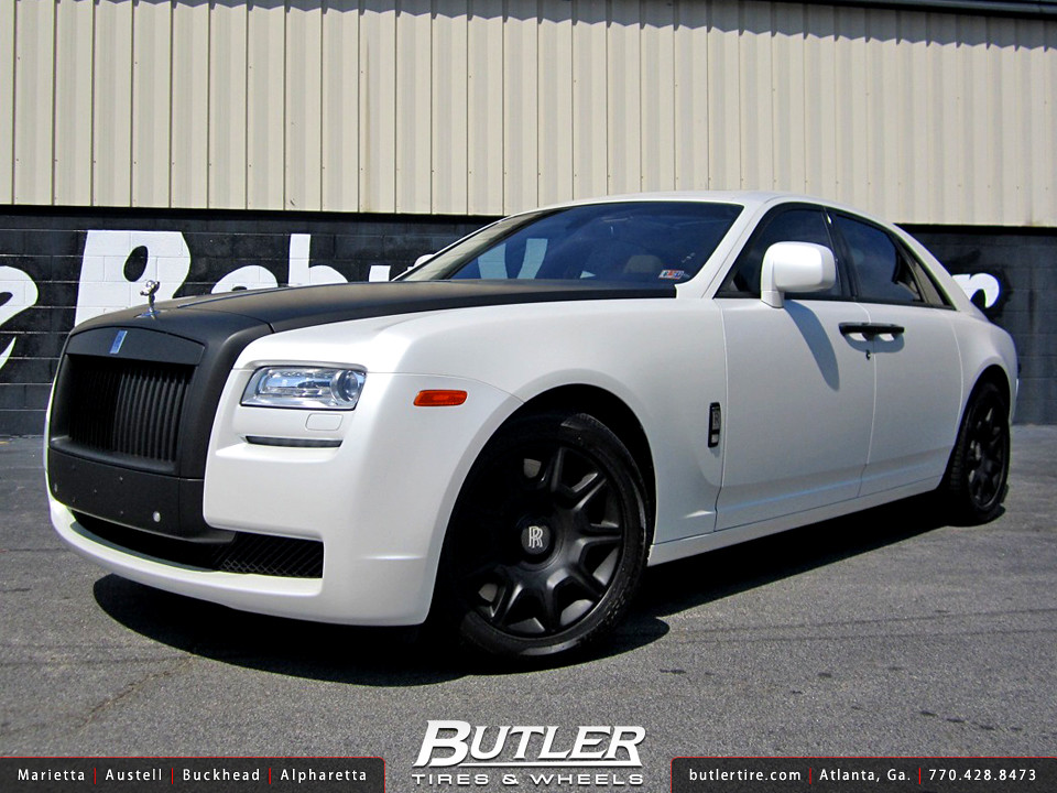Satin Pearl White and Matte Black Rolls Royce Ghost on 19i ...