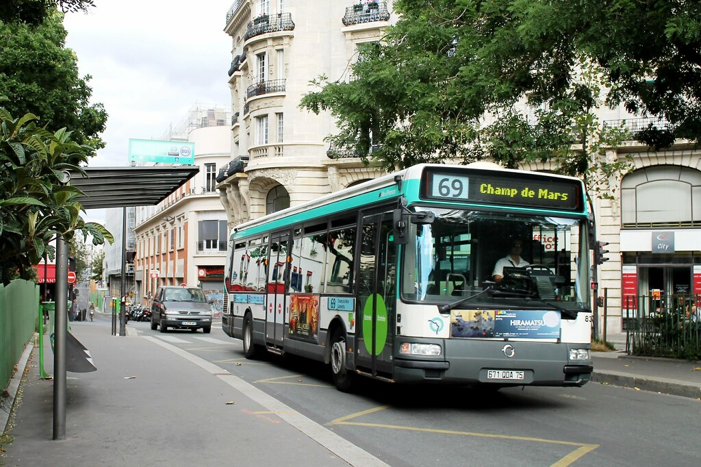 ratp paris bus 8357 69 gambetta to champ de mars 110813 flickr. Black Bedroom Furniture Sets. Home Design Ideas