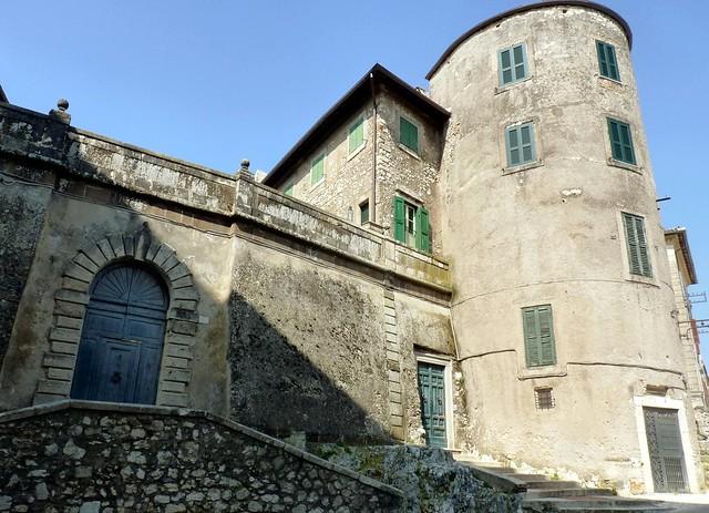 Acuto fr il castello di acuto flickr photo sharing for Piani camera a castello