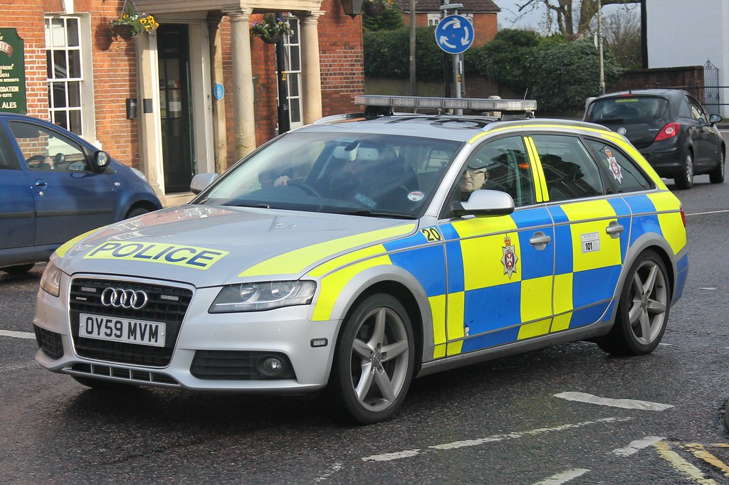Oy59mvm Audi A4 3 0 V6 Wiltshire Police Love These I