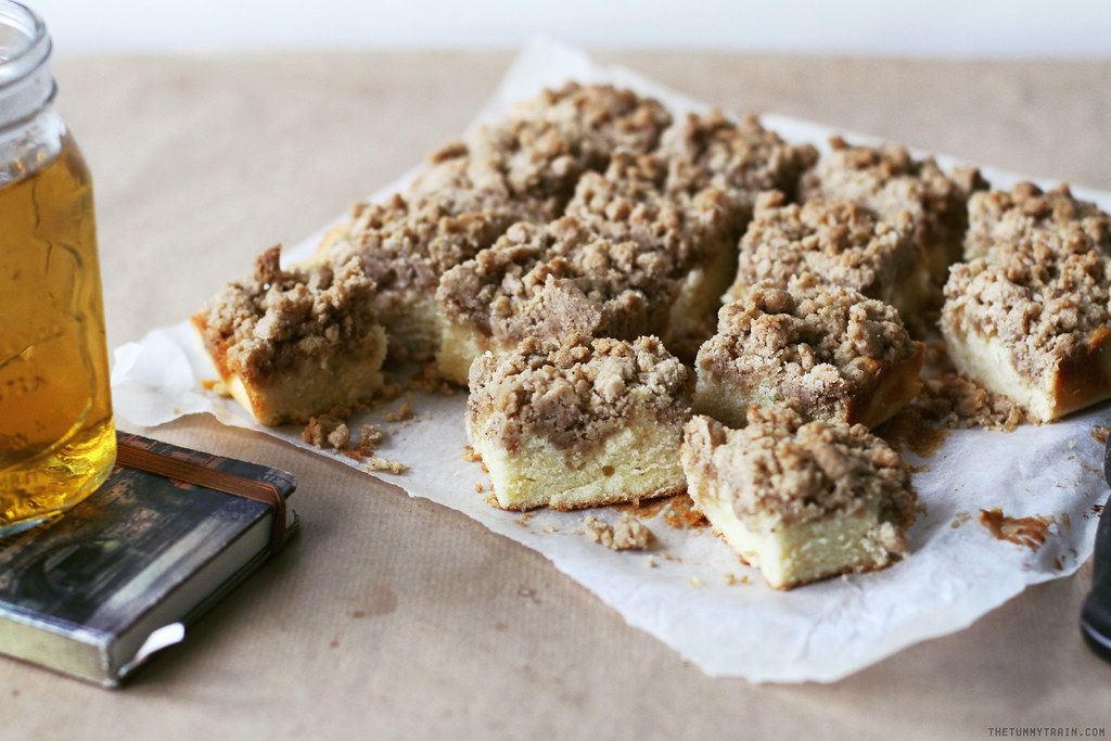 28046615752 653b43478b b - They call this the New York Crumb Cake
