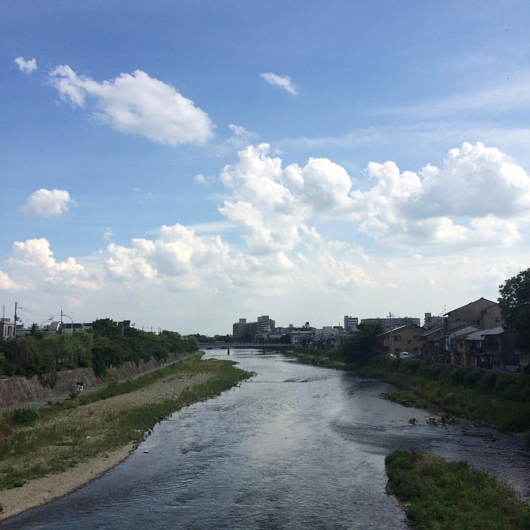 気持ち良く、晴れ。 #今日の鴨川 #kyokamo #sky #イマソラ