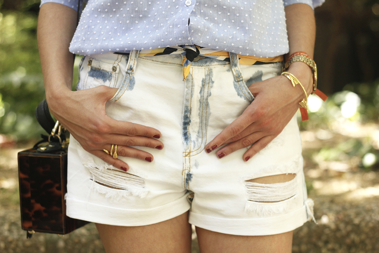 Denim Shorts Carey Bag uterqüe shirt with dots sunnies outfit style fashion13
