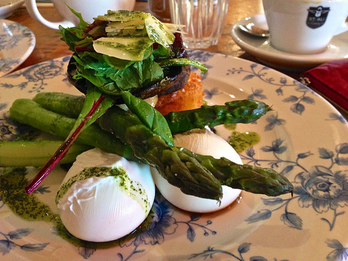 Poached eggs, hash brown, mushrooms and asparagus at St Ali South