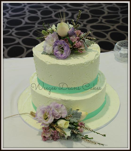 Buttercream 2 Tier Wedding Cake With Fresh Flowers Flickr Photo