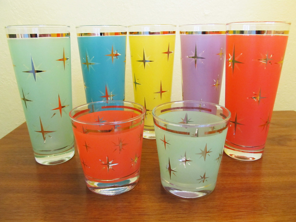 Uknown vintage starburst glasses aquaowl flickr - Starburst glassware ...
