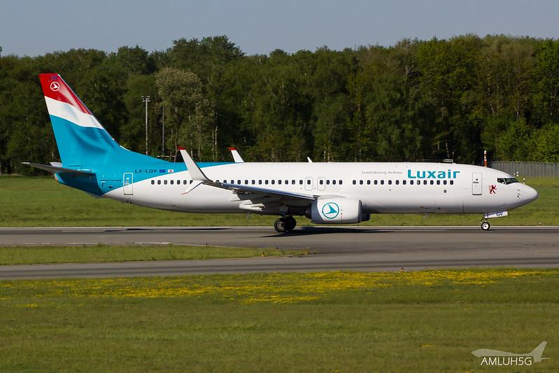 Luxair - B738 - LX-LGV (2)