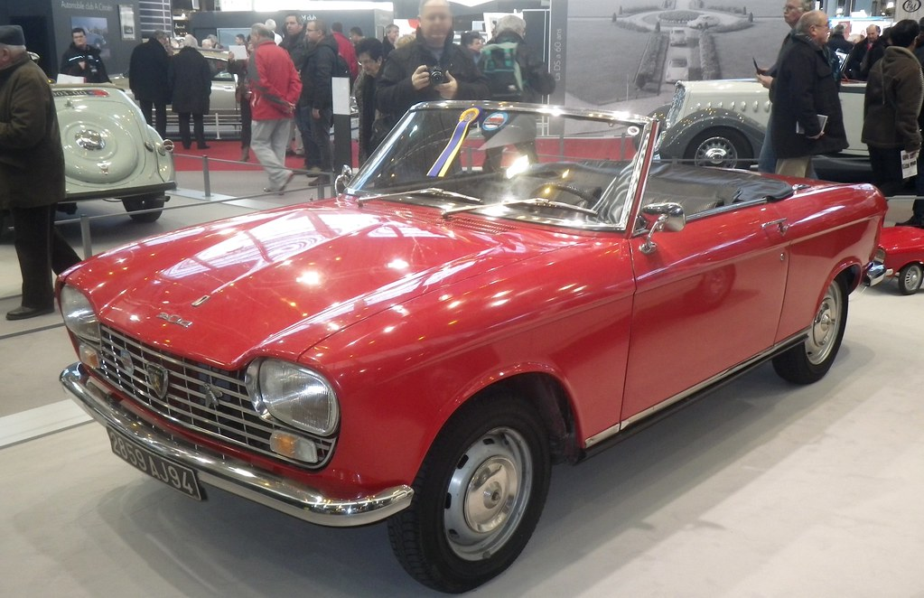 peugeot 204 cabriolet 25 best ideas about peugeot 204 cabriolet on pinterest 25 best ideas. Black Bedroom Furniture Sets. Home Design Ideas