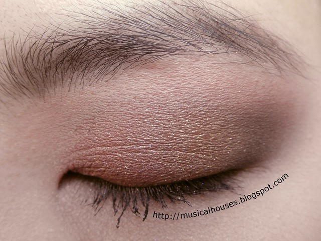 Pink Gold Brown Eyeshadow Eye Look 1