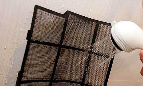 filtro de ar-condicionado lavado com água