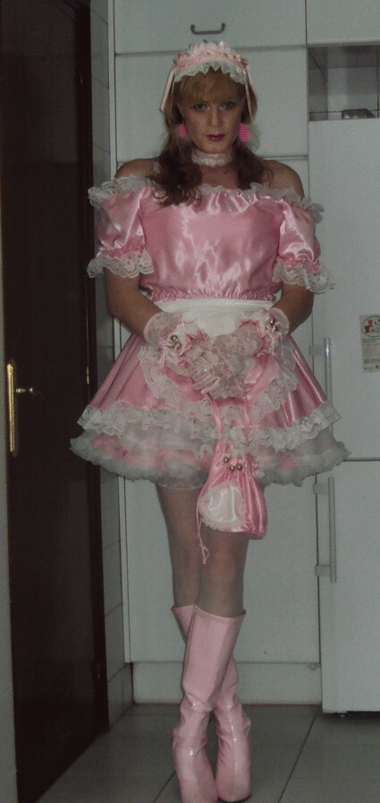 Pink sissy maid with pink sissy bag | Felicia Colette | Flickr