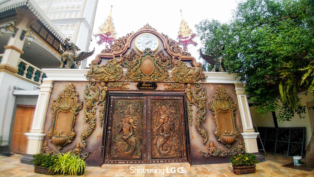 Ancient Thai Door - Wide
