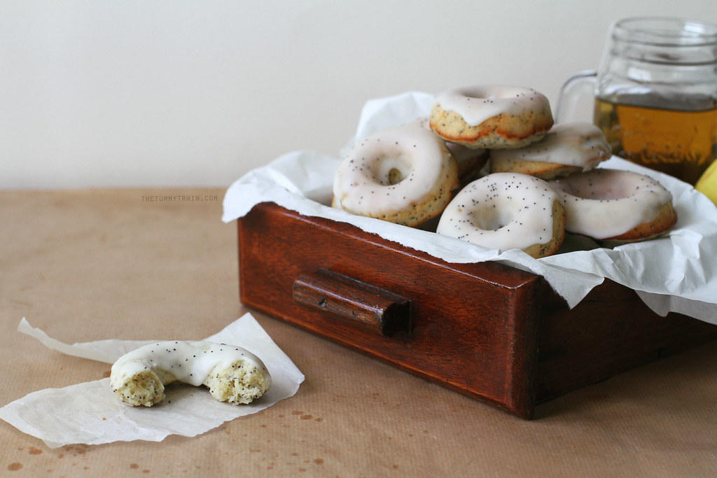 28115927806 78303617a4 b - Digging out these Baked Lemon Poppyseed Doughnuts from my archives