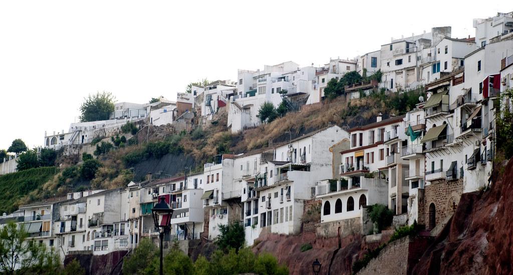 Casas en la ladera montoro cordoba spain emplazado - Inmobiliarias en cordoba espana ...