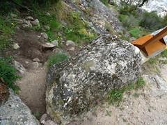 Balise de départ du sentier du Ponti di Marionu (flèche droite effacée)