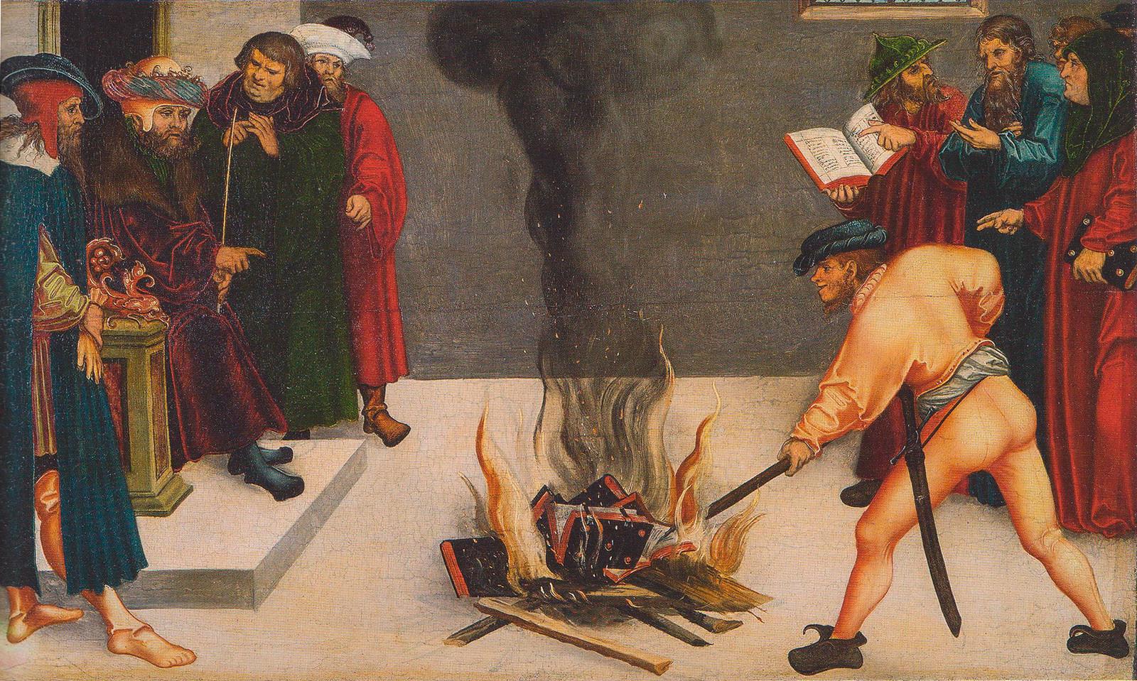 """Сожжение """"еретических"""" книг. Средневековая гравюра"""