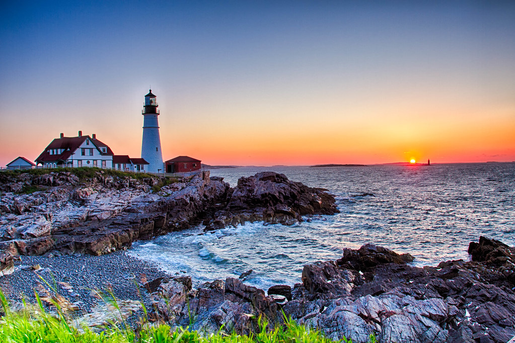 free lighthouse wallpapers screensavers