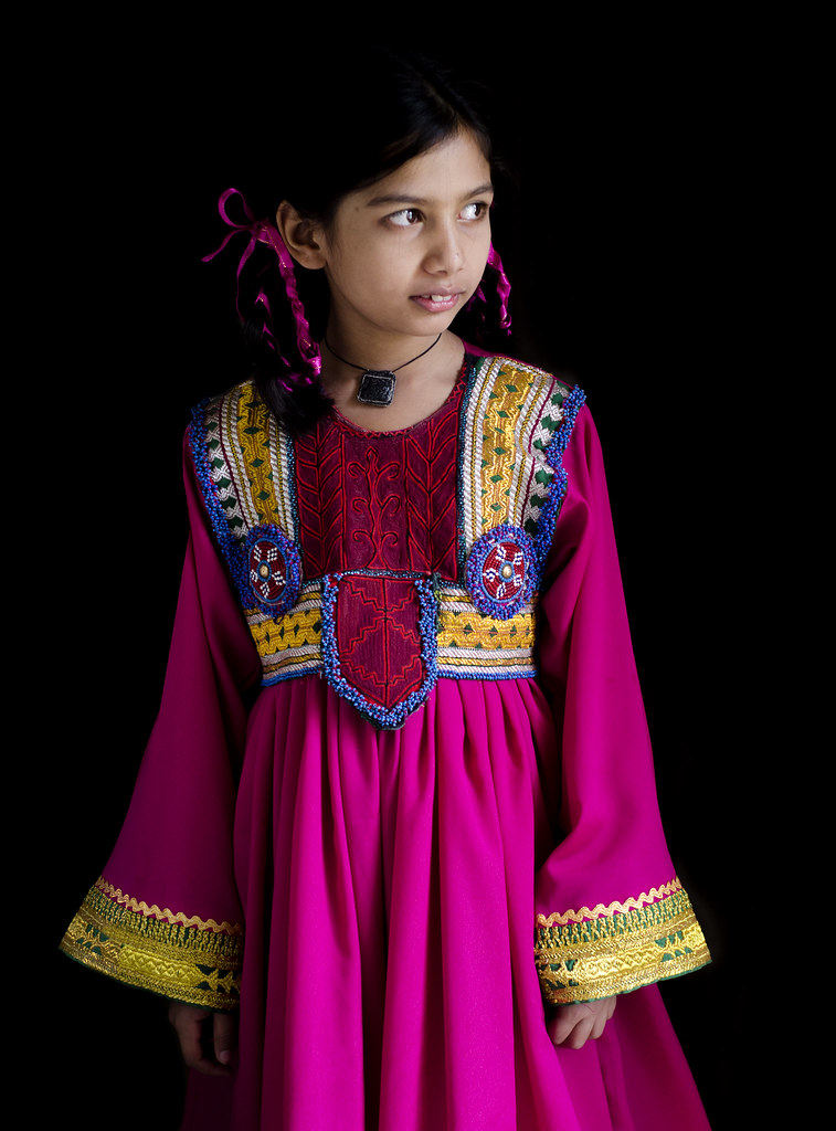 Traditional Costumes of Jammu and Kashmir for Men and