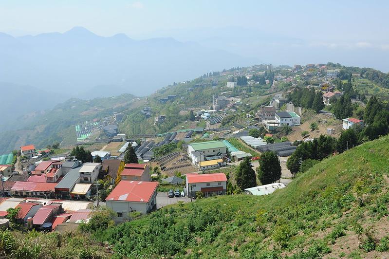 面對台灣山林的國土開發問題,需要國土計畫作為經營管理根本共識。資料照片,吳仁邦攝。