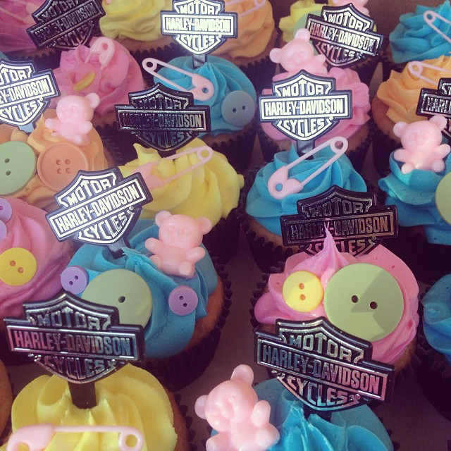 harley davidson baby shower cupcakes harleycake harley flickr